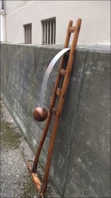Bewegliche Skulptur